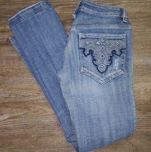 Antik Jeans